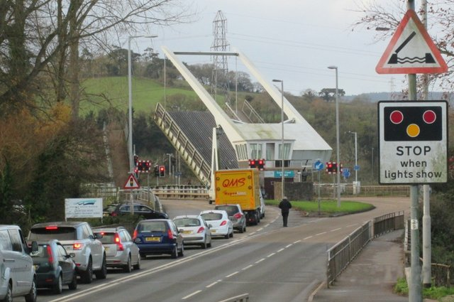Bridge Road - Reminder of road closure in EXETER this weekend (27 Jan - 30 Jan 2017) image